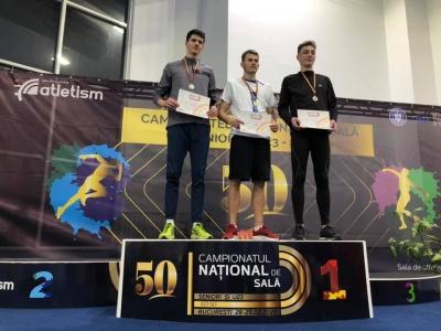 """Două medalii pentru atleții brașoveni la """"naționalele"""" în sală"""